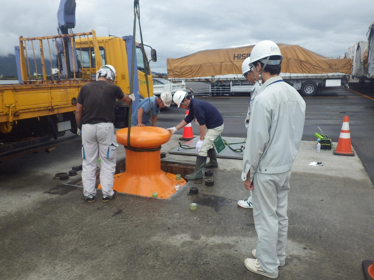 平成28年 係船柱設置工事